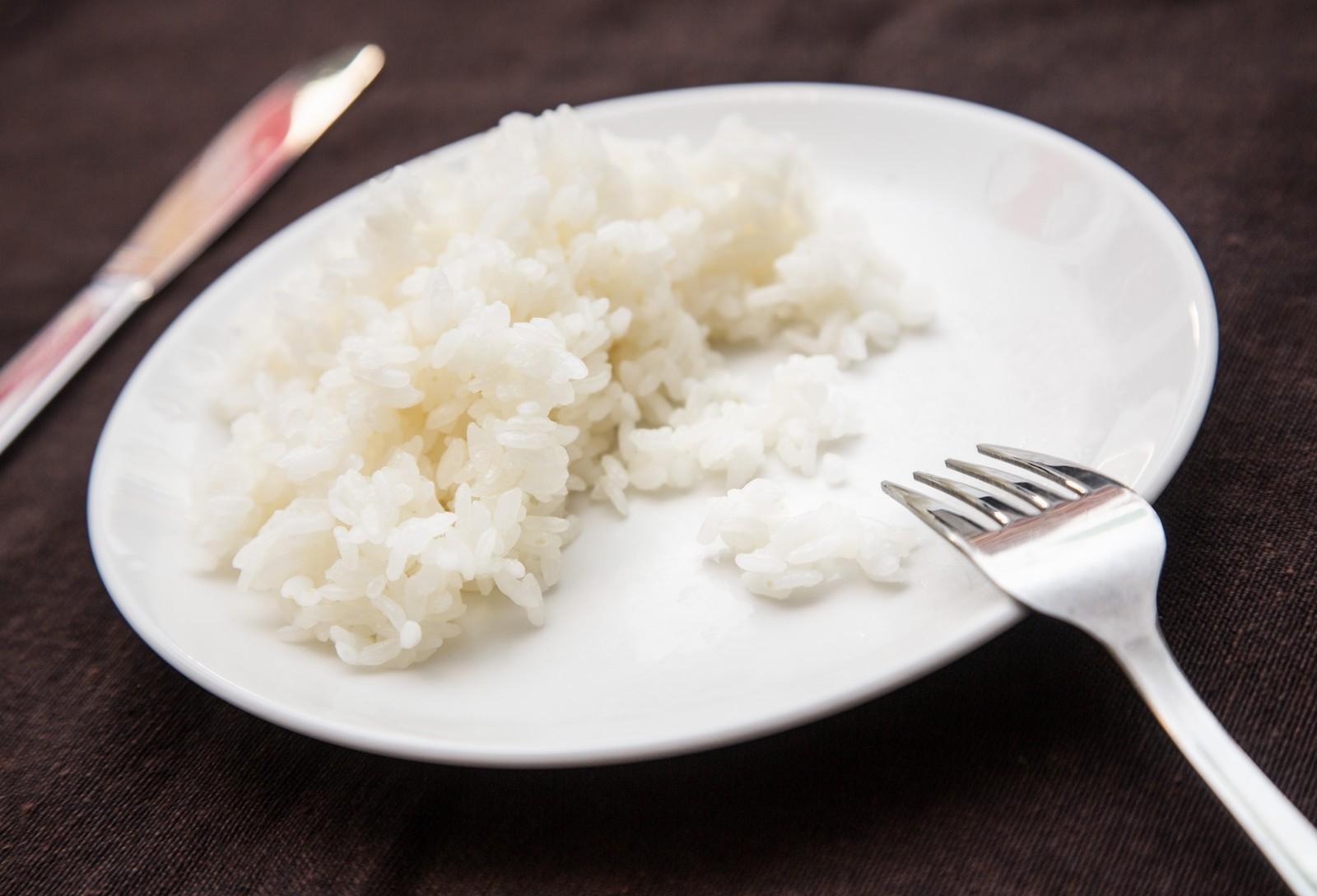 <span>4.</span>白米・白いパン・うどん