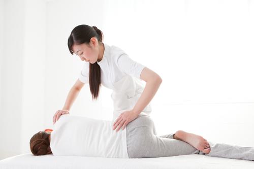 2.腰痛に多い脊椎異常を取り除く